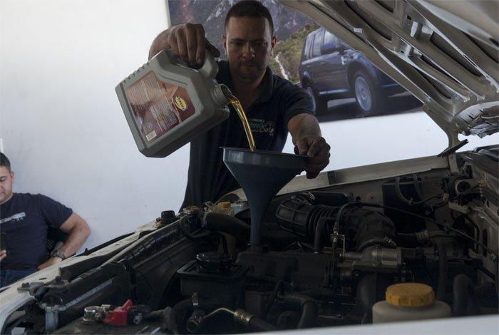 Cambiar aceite del carro - motor