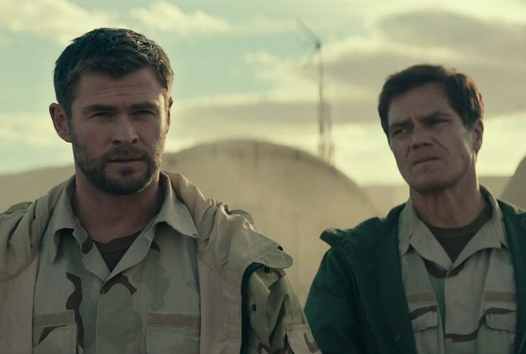 Chris Hemsworth en la película 12 strong