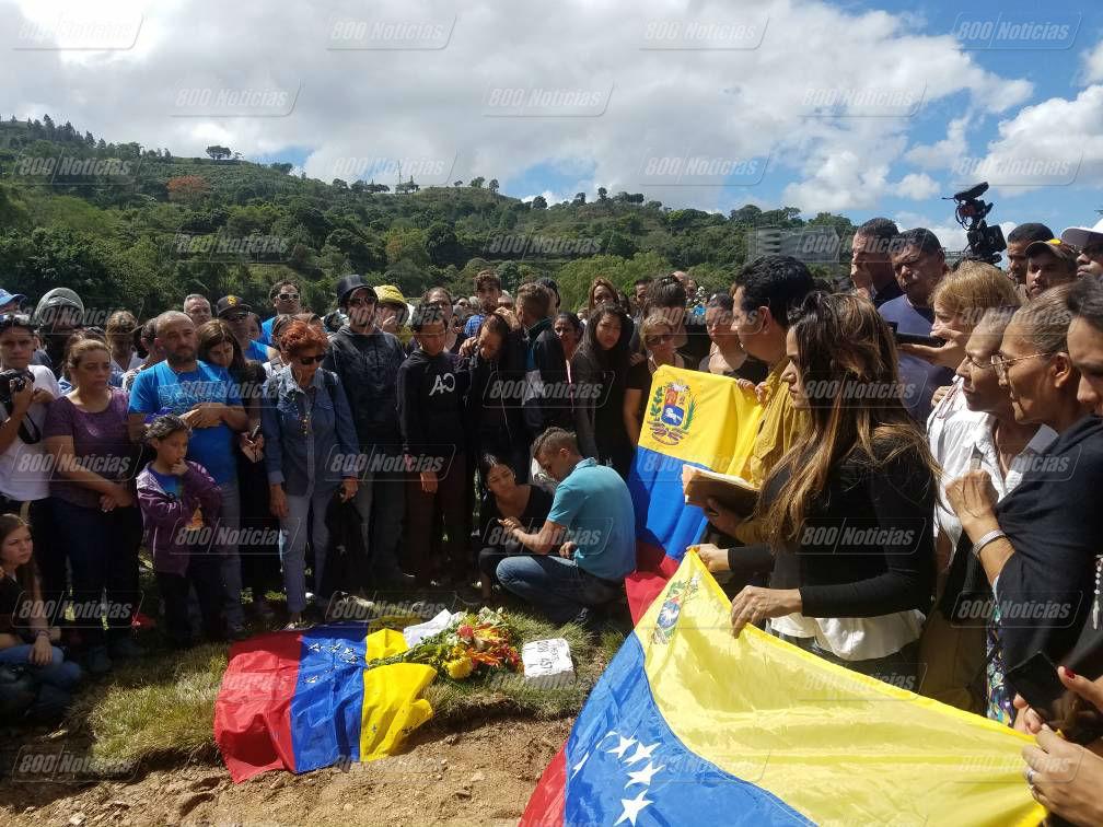 Entierro de Díaz Pimentel en el cementerio del Este 2