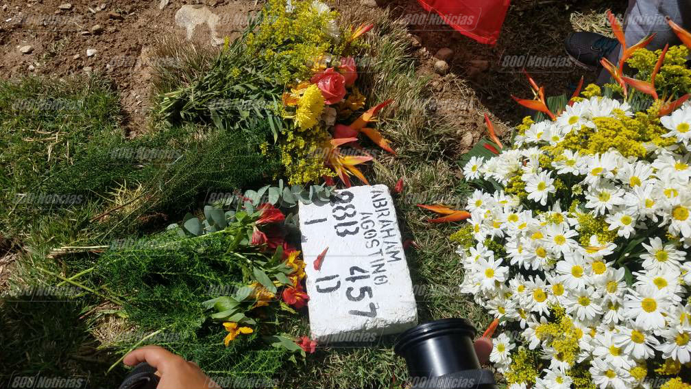Entierro de Díaz Pimentel y Abraham Agostini en el cementerio del Este 3