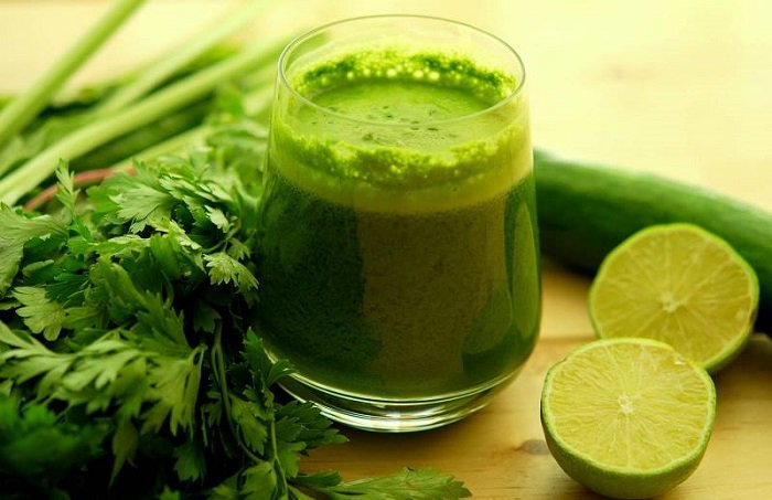 Jugo verde para rebajar - perder peso - nutrición - limón