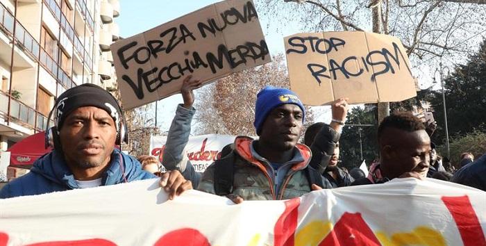 protesta contra el fascismo y racismo italia 2