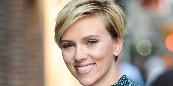Scarlett Johansson Admitió Que La Vieron Desnuda En El Baño De Un