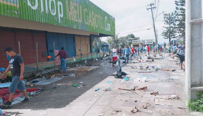 Resultado de imagen para protesta en Pacaraima