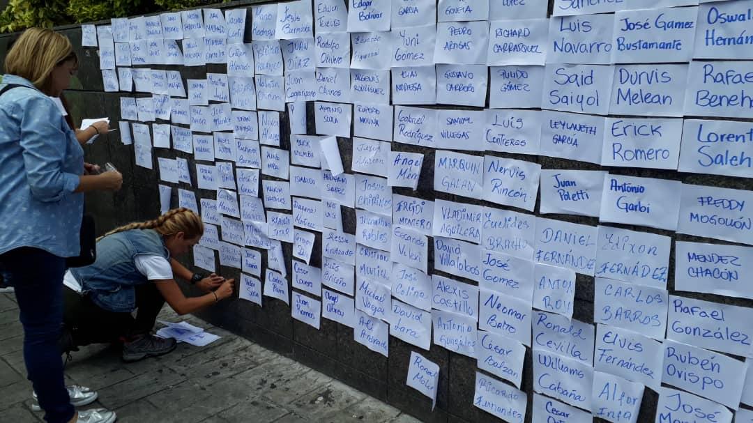 Lilian Tintori protesta en el PNUD