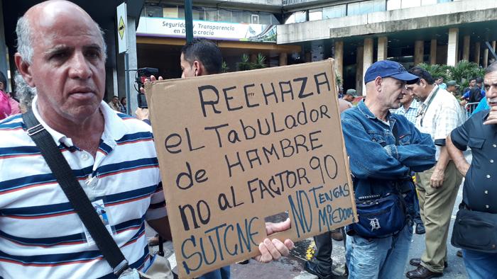 protesta trabajadores 23102017 (2)