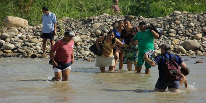 Resultado de imagen para Conozca las trochas por donde huyen los venezolanos a Colombia