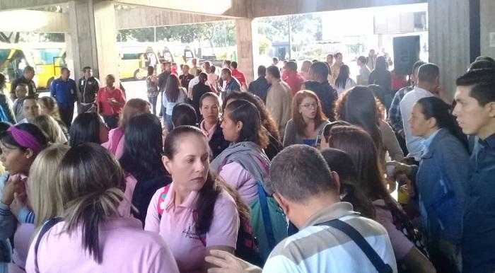 protesta maestras de pdvsa (2)